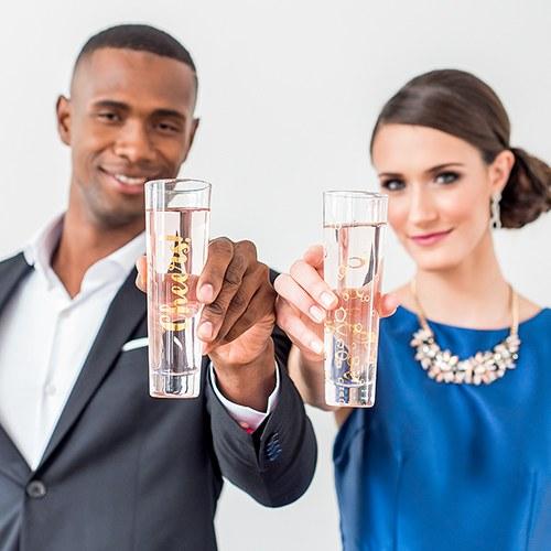 Празничен комплект чаши за шампанско