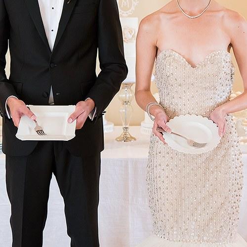 Комплект за сватбена торта-Младоженци
