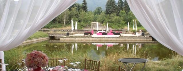 Сватба в градинска шатра
